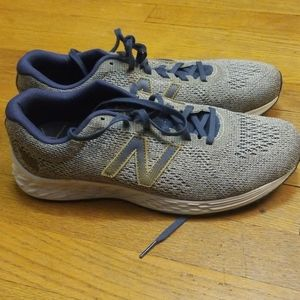New Balance running/dad shoes